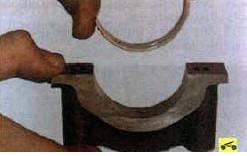 32. …и крышек коренных подшипников…