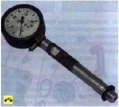 Так выглядит компрессометр, использо-